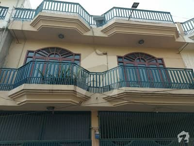 1350  Square Feet House In Waris Road For Sale