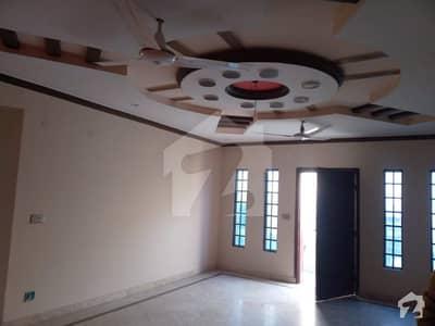 پی آئی اے ہاؤسنگ سکیم ۔ بلاک سی پی آئی اے ہاؤسنگ سکیم لاہور میں 3 کمروں کا 1 کنال بالائی پورشن 57 ہزار میں کرایہ پر دستیاب ہے۔