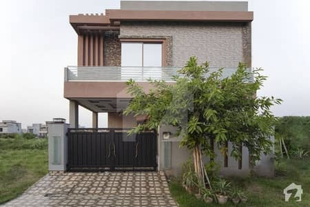 Original Pics 5 Marla Modern Designed Solid Construction House