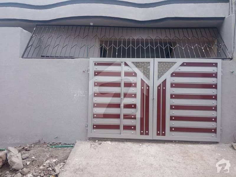صافایرولاز اڈیالہ روڈ راولپنڈی میں 2 کمروں کا 5 مرلہ مکان 42 لاکھ میں برائے فروخت۔
