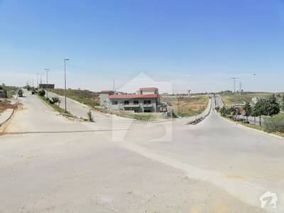2250  Square Feet Residential Plot In Dha Defence