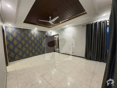 20 Marla Double Storey House Available For Rent In Wapda City Canal Road Faisalabad