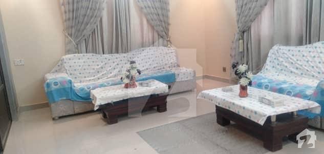 ڈی ایچ اے فیز 4 ڈی ایچ اے کراچی میں 5 کمروں کا 12 مرلہ مکان 6.3 کروڑ میں برائے فروخت۔