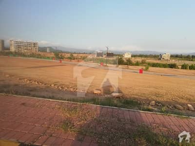 Bahria Enclave Sector I 8 Marla Plot For Sale