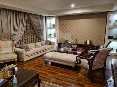 کلفٹن کراچی میں 7 کمروں کا 2 کنال مکان 17.5 کروڑ میں برائے فروخت۔