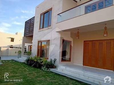 پی ای سی ایچ ایس بلاک 6 پی ای سی ایچ ایس جمشید ٹاؤن کراچی میں 6 کمروں کا 16 مرلہ مکان 2.5 لاکھ میں کرایہ پر دستیاب ہے۔