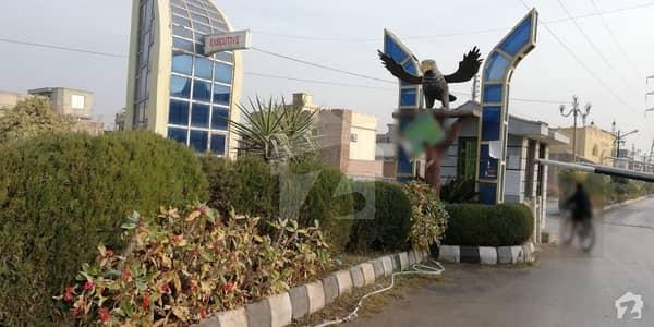 ورسک روڈ پشاور میں 10 مرلہ رہائشی پلاٹ 1.2 کروڑ میں برائے فروخت۔