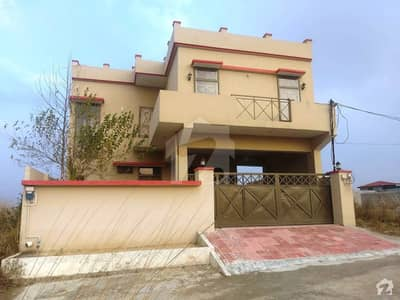 In Samarzar Housing Society House For Sale Sized 10 Marla