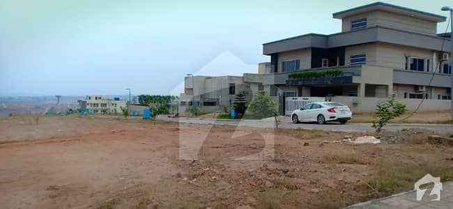 1 Kanal Prime Location Level Avenue South Face Plot For Sale In Sector B Dha 5 Islamabad