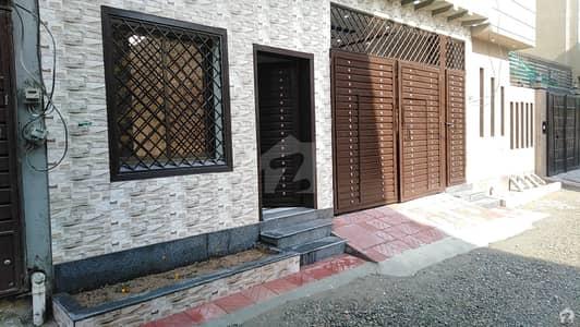 ارباب سبز علی خان ٹاؤن ورسک روڈ پشاور میں 6 کمروں کا 5 مرلہ مکان 1.5 کروڑ میں برائے فروخت۔
