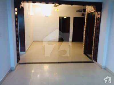 Apartment For Rent 3 Bed Rooms 1750 Sqft