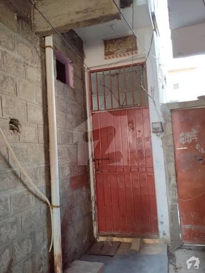 پی اینڈ ٹی ہاؤسنگ سوسائٹی کورنگی کراچی میں 4 کمروں کا 3 مرلہ مکان 80 لاکھ میں برائے فروخت۔