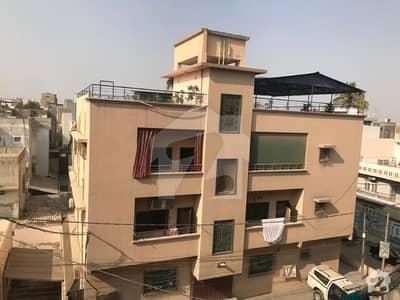 گلشنِ اقبال - بلاک 13 سی گلشنِ اقبال گلشنِ اقبال ٹاؤن کراچی میں 3 کمروں کا 10 مرلہ بالائی پورشن 2.8 کروڑ میں برائے فروخت۔