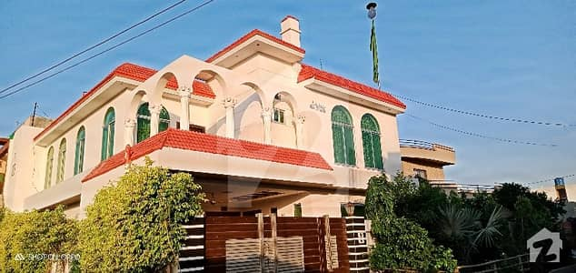 11 Marla Corner Double Unit VIP House 5 Bed Grand Look KB Colony