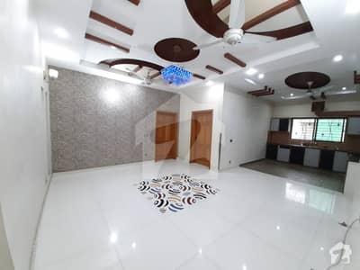 پی آئی اے ہاؤسنگ سکیم ۔ بلاک ای پی آئی اے ہاؤسنگ سکیم لاہور میں 4 کمروں کا 1 کنال بالائی پورشن 46 ہزار میں کرایہ پر دستیاب ہے۔