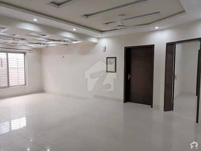 پنجاب کوآپریٹو ہاؤسنگ ۔ بلاک بی پنجاب کوآپریٹو ہاؤسنگ سوسائٹی لاہور میں 5 کمروں کا 1 کنال مکان 3.65 کروڑ میں برائے فروخت۔