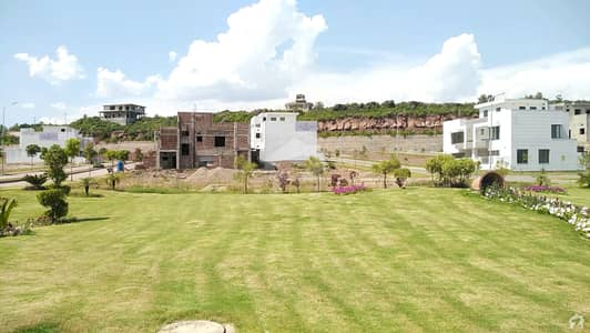 5 Marla Plot File Available Old Bookings Easy Installments Overseas Block Park View City