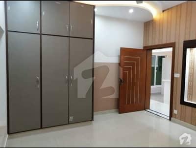 آئی ۔ 9 اسلام آباد میں 5 کمروں کا 8 مرلہ مکان 70 ہزار میں کرایہ پر دستیاب ہے۔