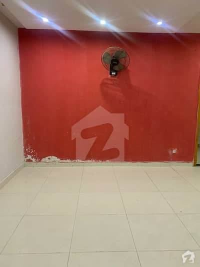 1 Bedroom Flat For Rent Lift Available