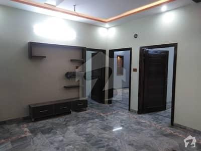 ریگی ماڈل ٹاؤن پشاور میں 5 کمروں کا 5 مرلہ مکان 35 ہزار میں کرایہ پر دستیاب ہے۔