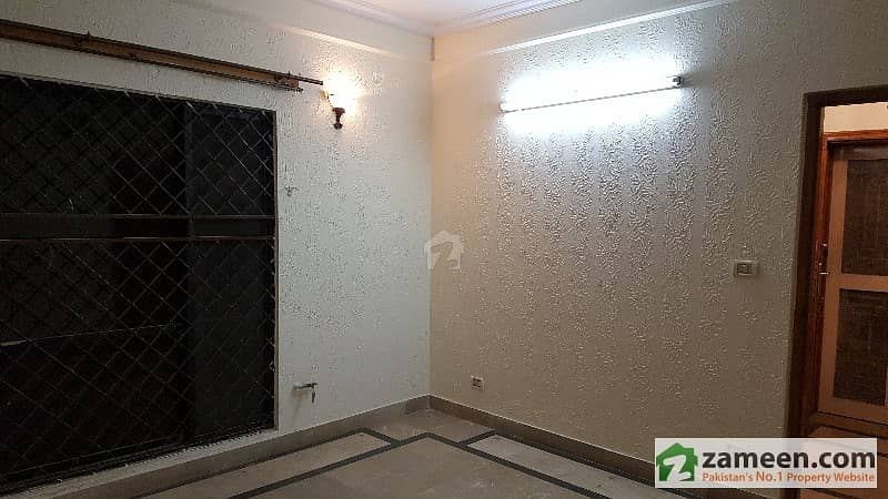 10 Marla Beautiful House In Fort Villas For Rent