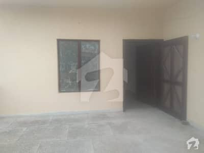 500 Sqyd House 02 Bedroom Upper Portion Is Available For Rent