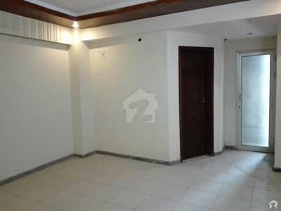 بحریہ ٹاؤن فیز 4 بحریہ ٹاؤن راولپنڈی راولپنڈی میں 6 کمروں کا 1 کنال بالائی پورشن 4.65 کروڑ میں برائے فروخت۔