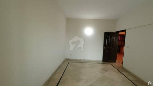 گلستانِِ جوہر ۔ بلاک 7 گلستانِ جوہر کراچی میں 2 کمروں کا 5 مرلہ فلیٹ 65 لاکھ میں برائے فروخت۔