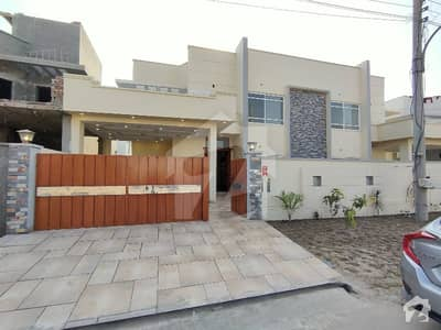 10 Marla Brand New Beautiful Architect House At Hot Location Near Park And Main Gate