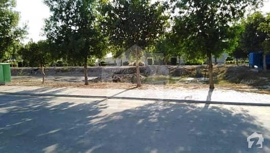 بحریہ ٹاؤن - ٹیپو سلطان بلاک بحریہ ٹاؤن ۔ سیکٹر ایف بحریہ ٹاؤن لاہور میں 1 کنال رہائشی پلاٹ 1.45 کروڑ میں برائے فروخت۔