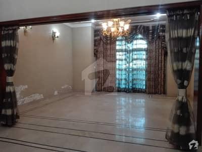 الرحمان گارڈن فیز 2 الرحمان گارڈن لاہور میں 5 کمروں کا 10 مرلہ مکان 1.8 کروڑ میں برائے فروخت۔