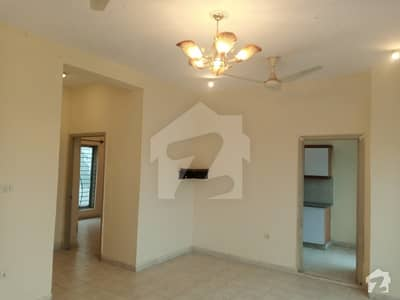 Flat In Bahria Town Rawalpindi Sized 800  Square Feet Is Available