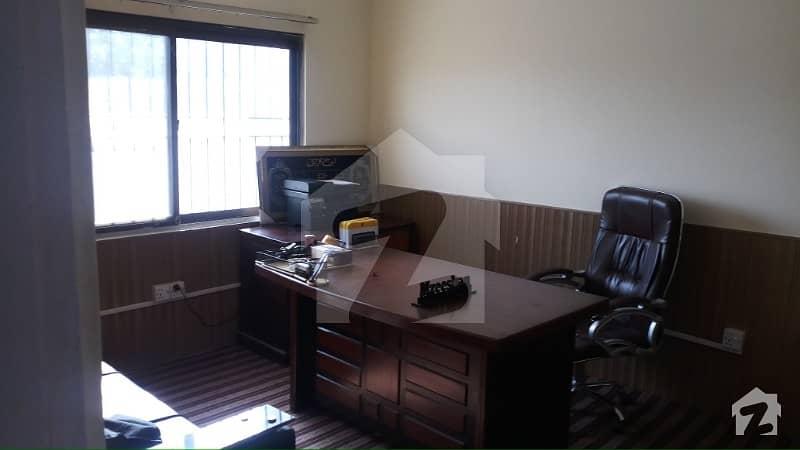 جی ۔ 6 اسلام آباد میں 2 کمروں کا 4 مرلہ فلیٹ 35 ہزار میں کرایہ پر دستیاب ہے۔