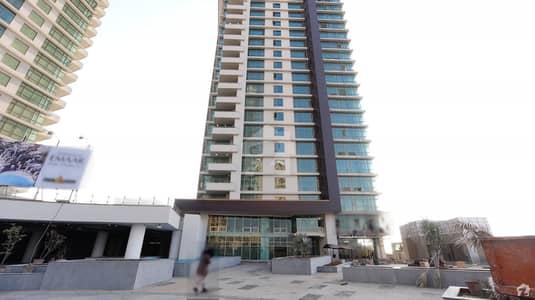 امارکریسنٹ بے ڈی ایچ اے فیز 8 ڈی ایچ اے کراچی میں 2 کمروں کا 9 مرلہ فلیٹ 4.5 کروڑ میں برائے فروخت۔