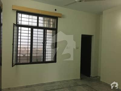 یونیورسٹی ٹاؤن پشاور میں 3 کمروں کا 5 مرلہ بالائی پورشن 34 ہزار میں کرایہ پر دستیاب ہے۔