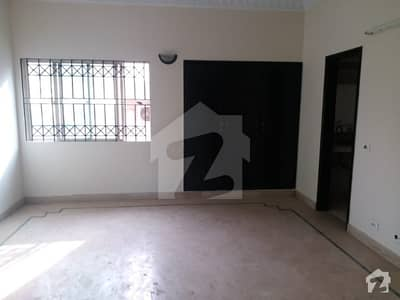250 Yards House For Sale in Block 1 Clifton
