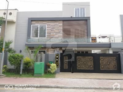 10 Marla Brand New House Prime Location For Rent In Bahria Town Gulbahar Block