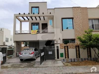 10 Marla Brand New House For Rent In Bahria Town Gulmohar Block