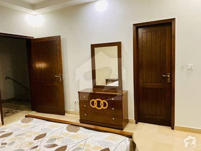ڈی ایچ اے فیز 5 ڈیفنس (ڈی ایچ اے) لاہور میں 1 کمرے کا 1 کنال کمرہ 30 ہزار میں کرایہ پر دستیاب ہے۔