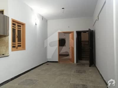 محمودآباد نمبر 1 محمود آباد کراچی میں 2 کمروں کا 4 مرلہ فلیٹ 24 ہزار میں کرایہ پر دستیاب ہے۔