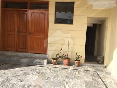 10 Marla Corner House For Sale in D122 on Investor Rate