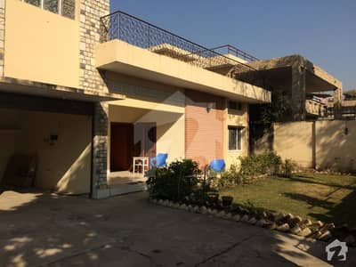 F7 666 SqYrd 600x100 House For Sale