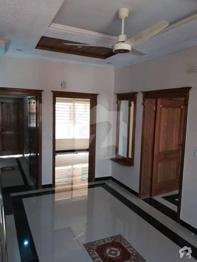 جی ۔ 13 اسلام آباد میں 3 کمروں کا 4 مرلہ مکان 60 ہزار میں کرایہ پر دستیاب ہے۔