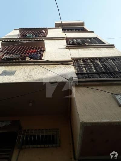 ناظم آباد - بلاک 2 ناظم آباد کراچی میں 5 کمروں کا 2 مرلہ مکان 70 لاکھ میں برائے فروخت۔