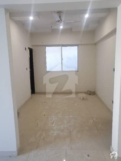 اتحاد کمرشل ایریا ڈی ایچ اے فیز 6 ڈی ایچ اے ڈیفینس کراچی میں 3 کمروں کا 5 مرلہ فلیٹ 1.4 کروڑ میں برائے فروخت۔