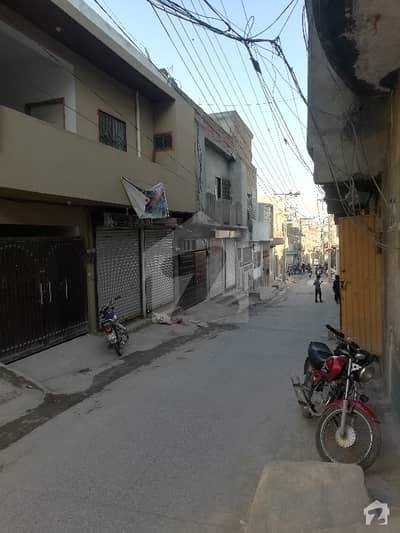 شاہ خالد کالونی راولپنڈی میں 5 کمروں کا 4 مرلہ مکان 75 لاکھ میں برائے فروخت۔