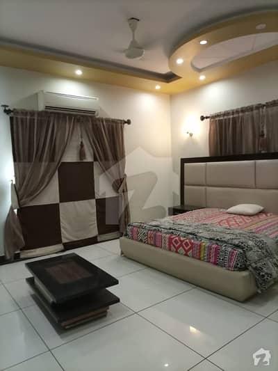 ڈی ایچ اے فیز 5 ڈی ایچ اے کراچی میں 5 کمروں کا 1 کنال مکان 8.5 کروڑ میں برائے فروخت۔