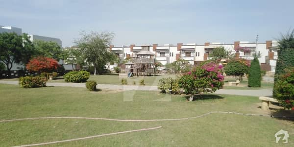صائمہ عریبین ولاز گداپ ٹاؤن کراچی میں 2 کمروں کا 5 مرلہ مکان 1.02 کروڑ میں برائے فروخت۔