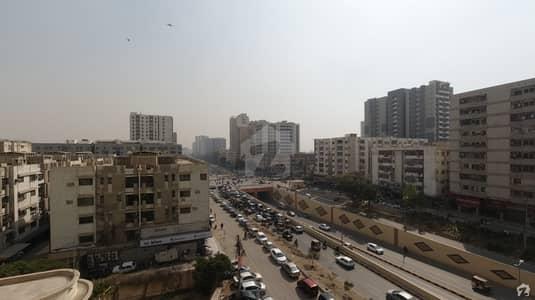 شہید ملت روڈ کراچی میں 3 کمروں کا 11 مرلہ فلیٹ 3.75 کروڑ میں برائے فروخت۔