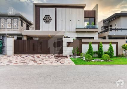 1 Kanal Most Beautiful Lavish Villa Available in DHA Phase 6